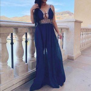 Dresses & Skirts - Swanky embellished dress